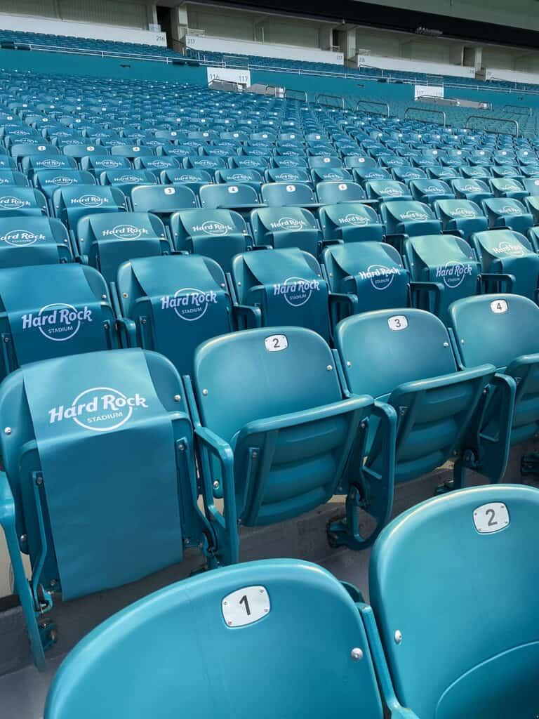 Stadium Seatbelts - Secure Stadium Seatbelts - Arena Seatbelts - Arena Seat Belts